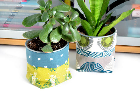 Green Cicada Fabric Plant Pot