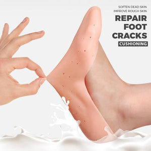 Anti-dry and anti-cracking foot socks