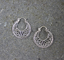 Load image into Gallery viewer, SHERIN Earrings