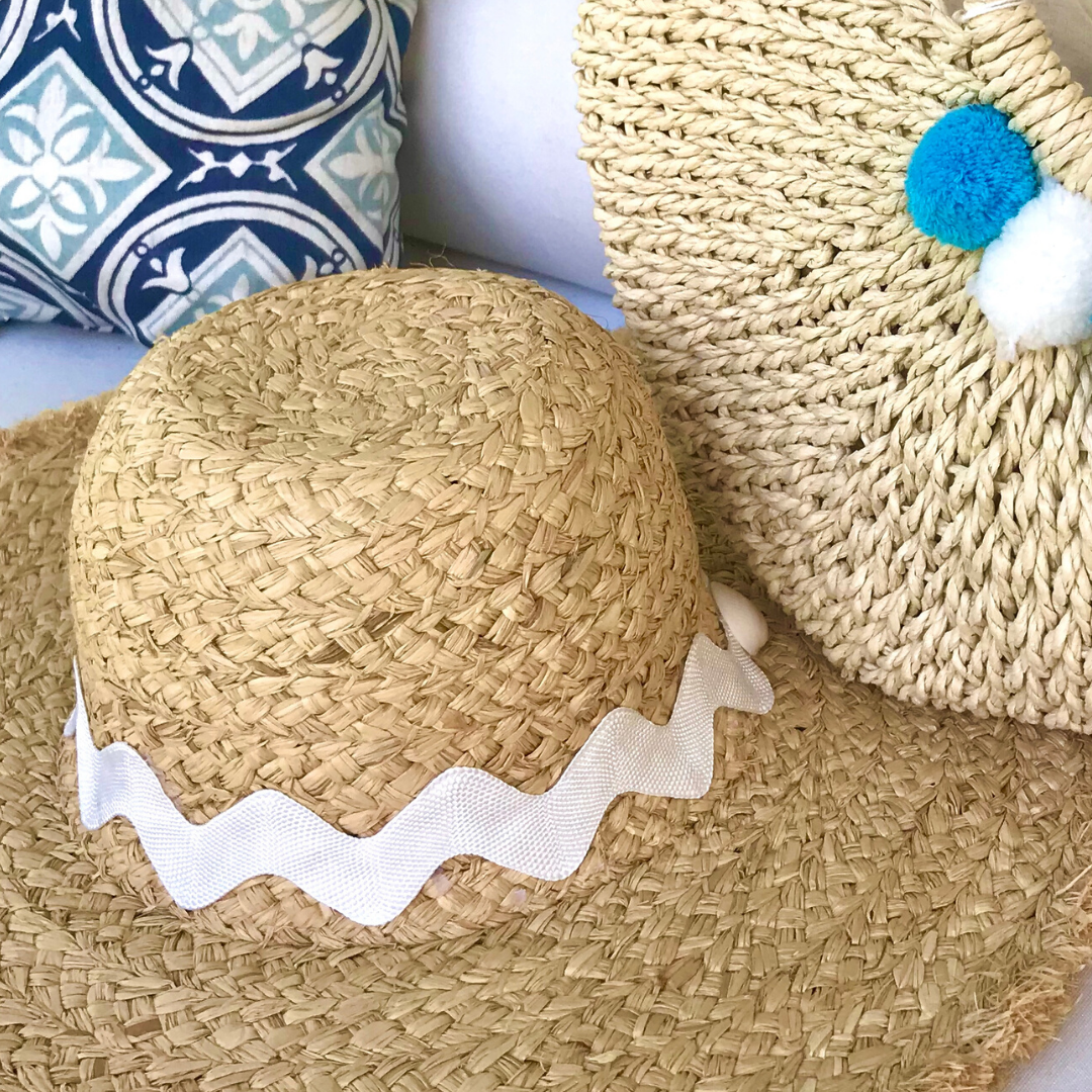 Floppy Hat with White Zag