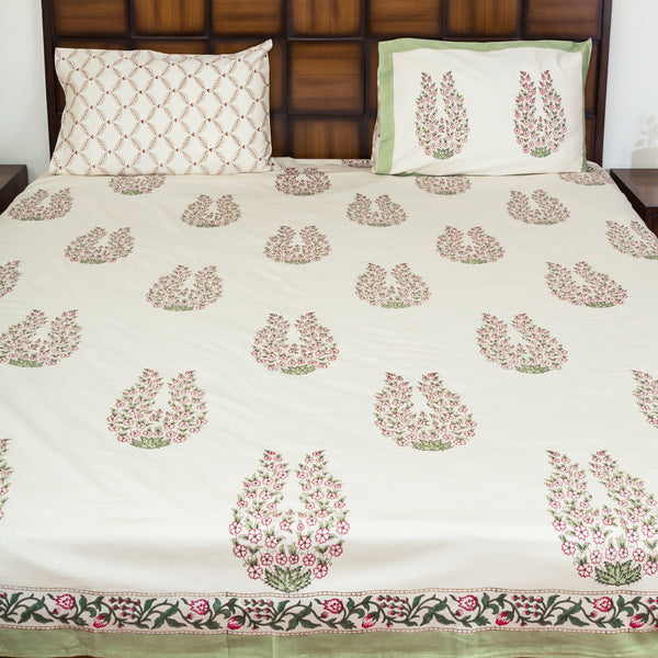 Flower Crown Double Bed Bedsheet with 2 Reversible Pillow Covers - 90x108 inch