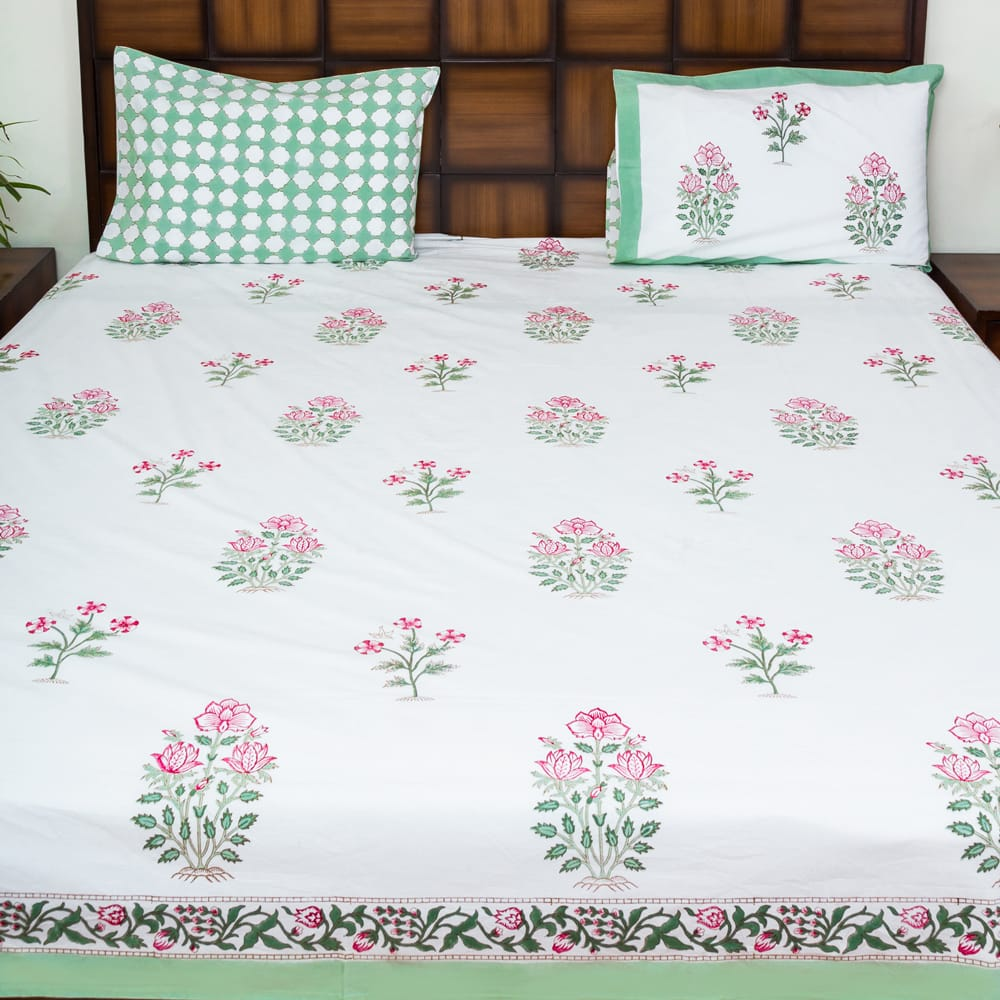 Warm Afternoon Double Bed Bedsheet with 2 Reversible Pillow Covers - 90x108 inch