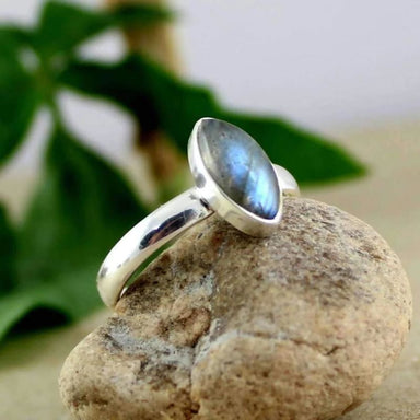 Cab Cut Labradorite Gemstone Marquise Silver Ring - Rings