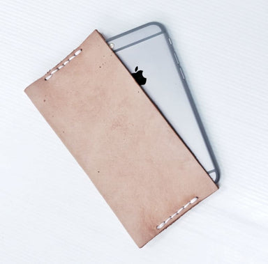 Handmade Iphone Case in Vegtanned Leather - Accessoiries