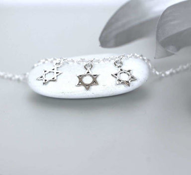 Sleek Star Charm Anklet in Sterling Silver - Anklets