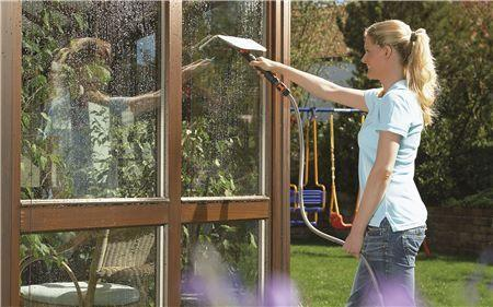 Window Cleaner With Wiper - GARDENA - ClickLeaf