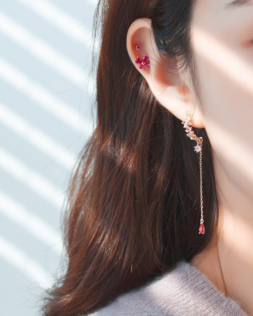 FLOWER LACE HALF RING EARRING Earrings pink-rocket