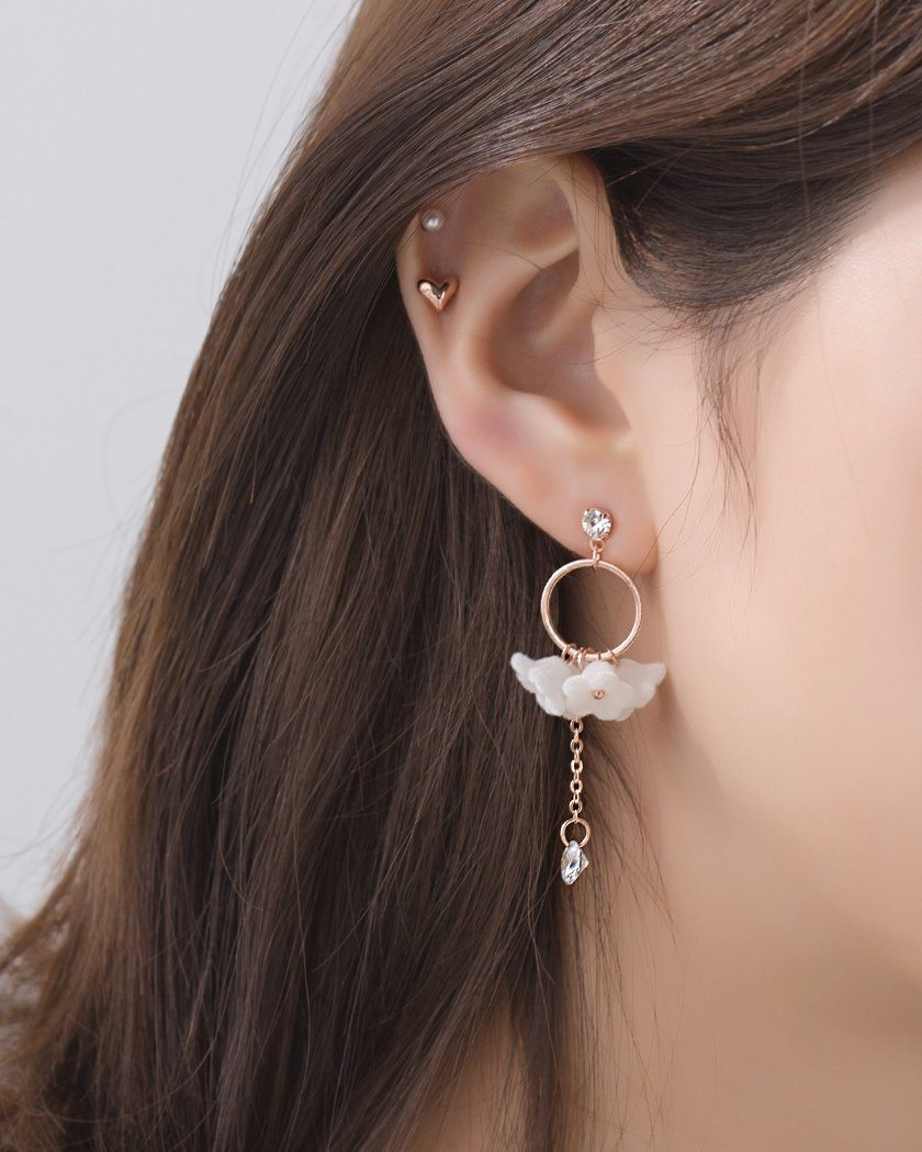 FLUFFY FLOWER DROP EARRING Earrings pink-rocket