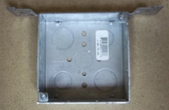 Bowers 4-SW-FB-SPL Outlet Box 4in Square 1 1/2in Deep with Bracket -- New