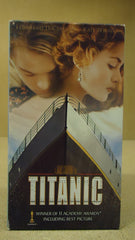 Paramount Titanic VHS Movie  * Plastic * -- Used