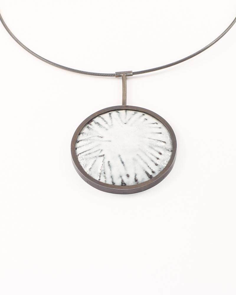 Traces Necklace