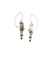 Load image into Gallery viewer, Smoke and Mirrors Earrings Onyx