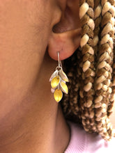 Load image into Gallery viewer, Dangle Marquise Earrings