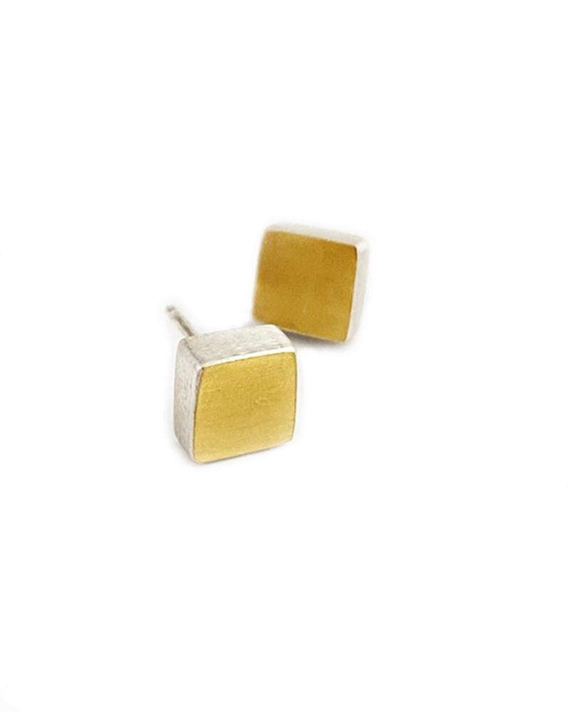 Square posts earrings