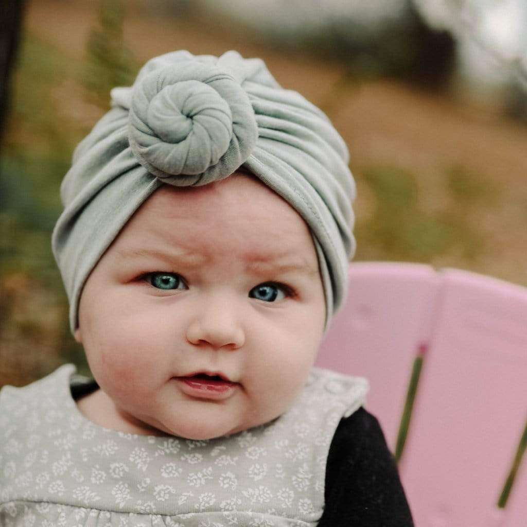 Best Ways to Tie a Baby Headband
