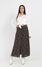 Load image into Gallery viewer, BUTTON DOWN FLORAL SKIRT