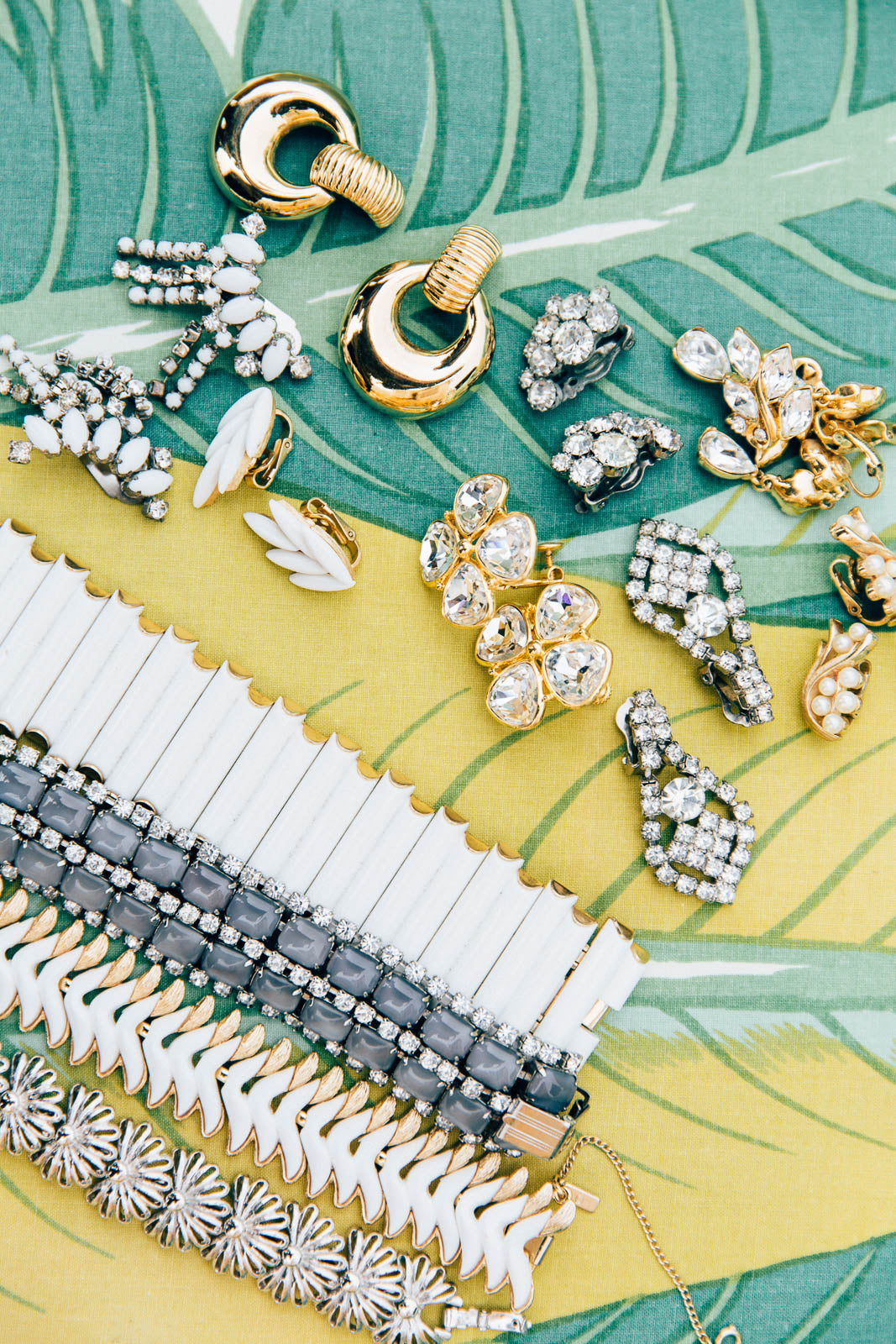 Tips for Buying Vintage Jewelry