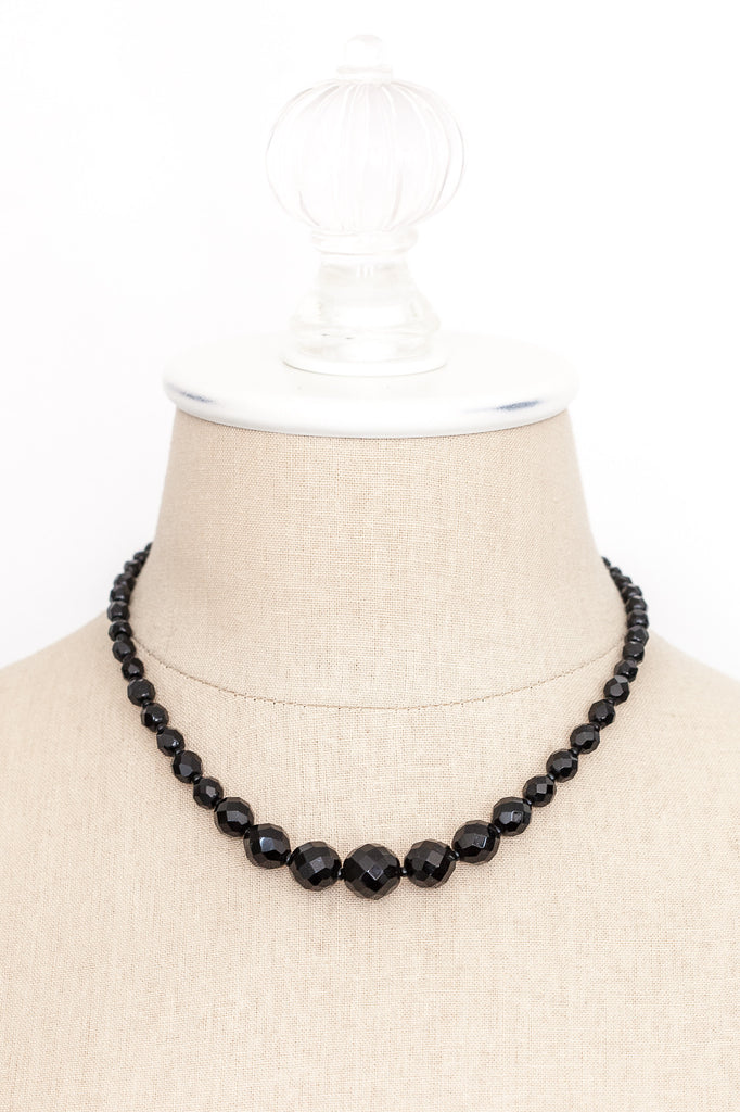 50's__Vintage__Black Beaded Necklace