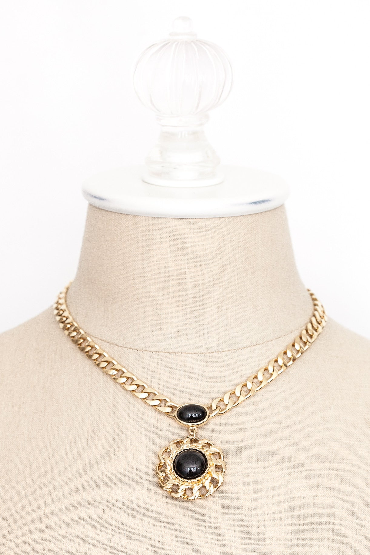 80's__Trifari__Black Chain Pendant Necklace