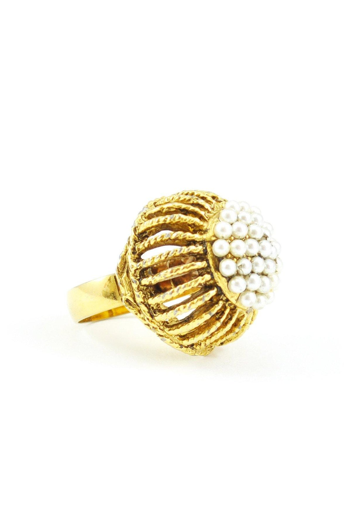 60's__Vintage__Pearl Burst Cocktail Ring - Sweet & Spark