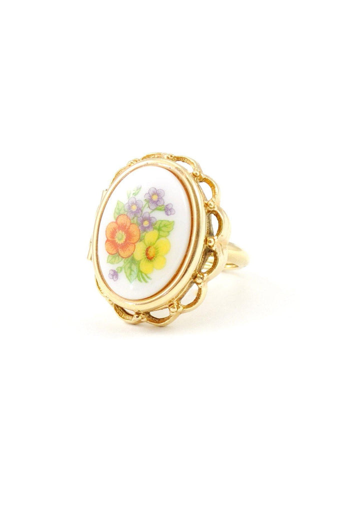 60s__Avon__Floral Locket Ring