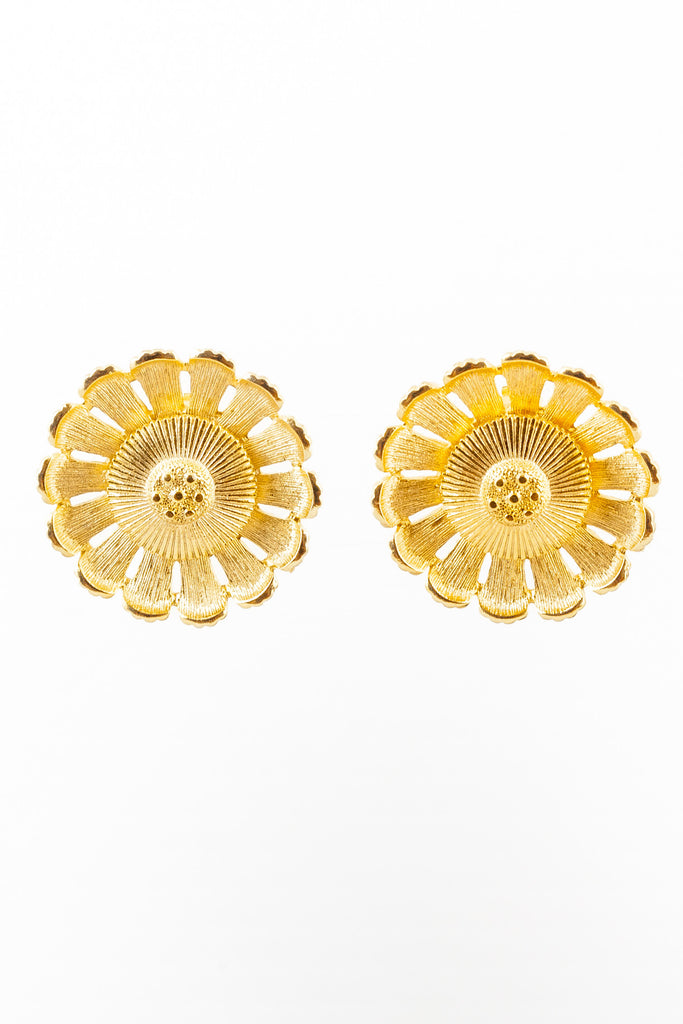 70's__Sarah Coventry__Daisy Statement Clip-on Earrings