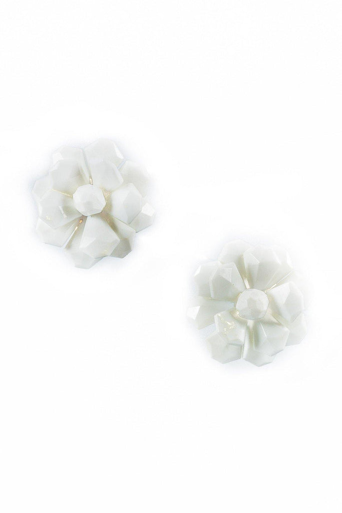 40'__Vintage__White Flower Clips