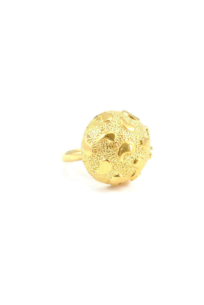 60s__Monet__Gold Dome Ring
