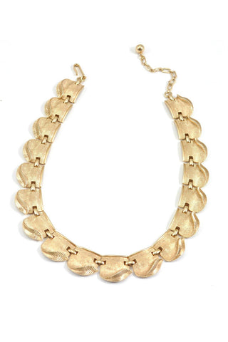 50's__Trifari__Gold Scallop Necklace