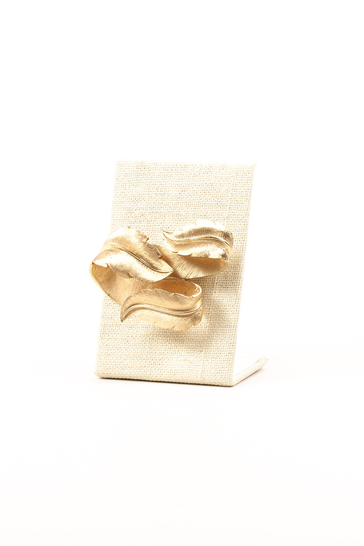 60's__Trifari__Gold Swirl Brooch