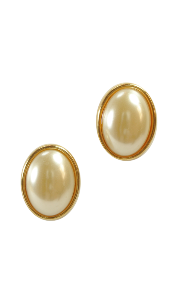 80's__Vintage__Pearl Statement Studs