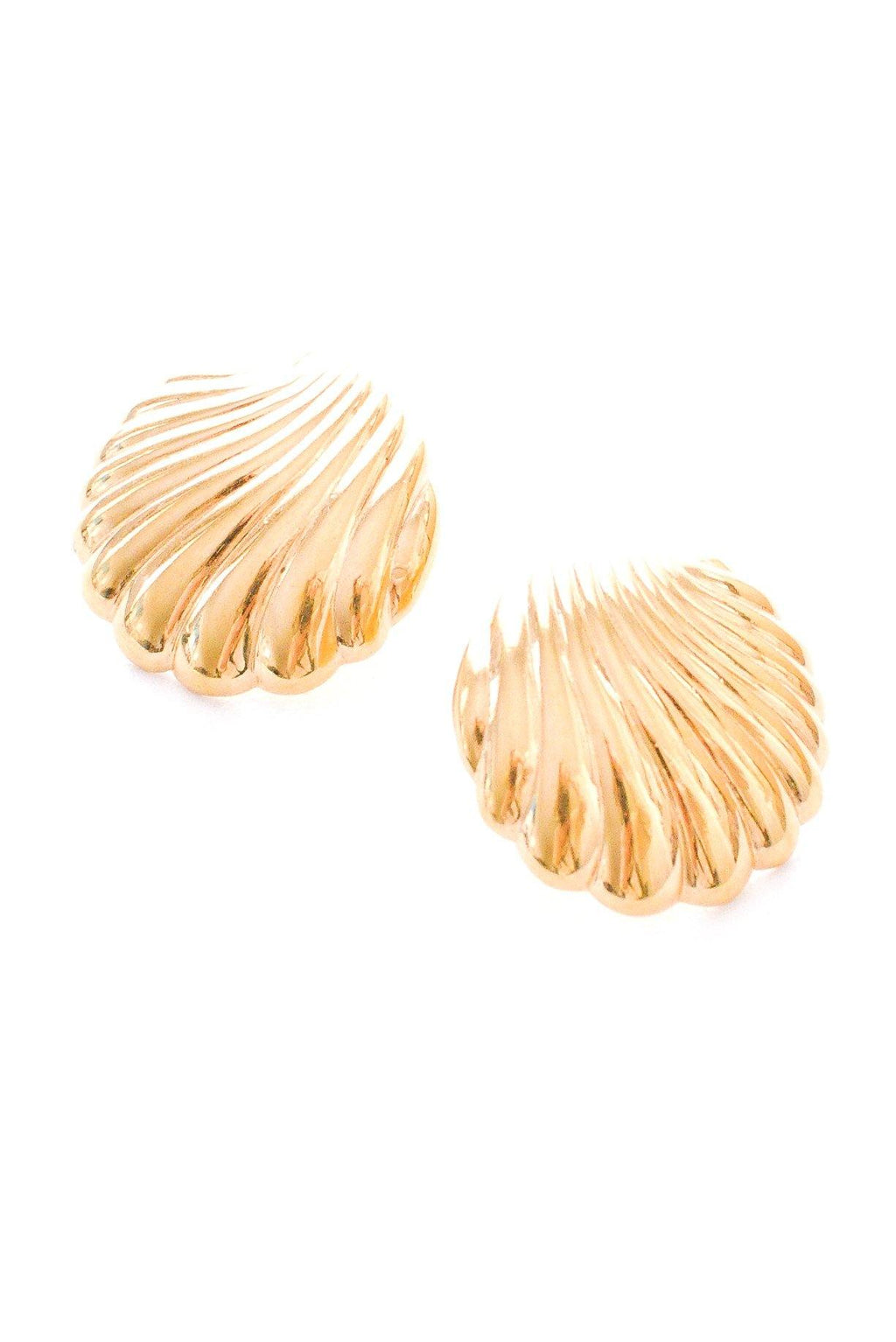 Shell Statement Pierced Earrings