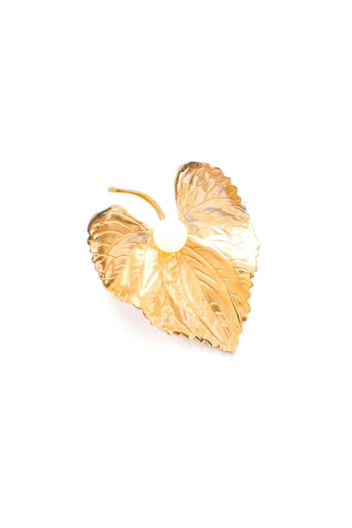 Pearl leaf brooch from Sweet & Spark.