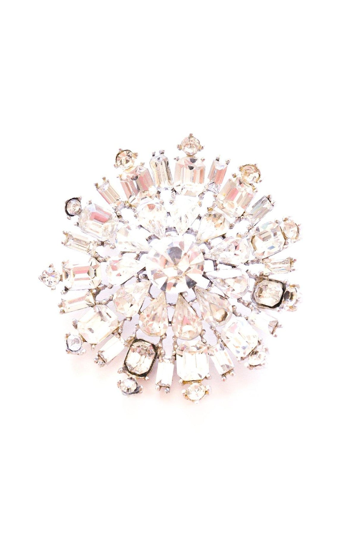 Vintage rhinestone dome brooch from Sweet & Spark.