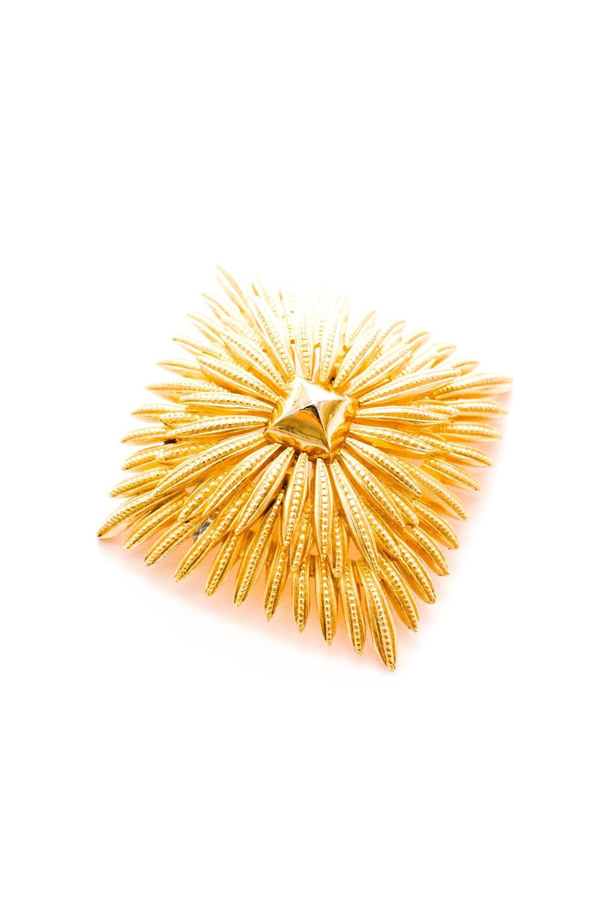 Vintage Trifari statement burst brooch from Sweet & Spark.
