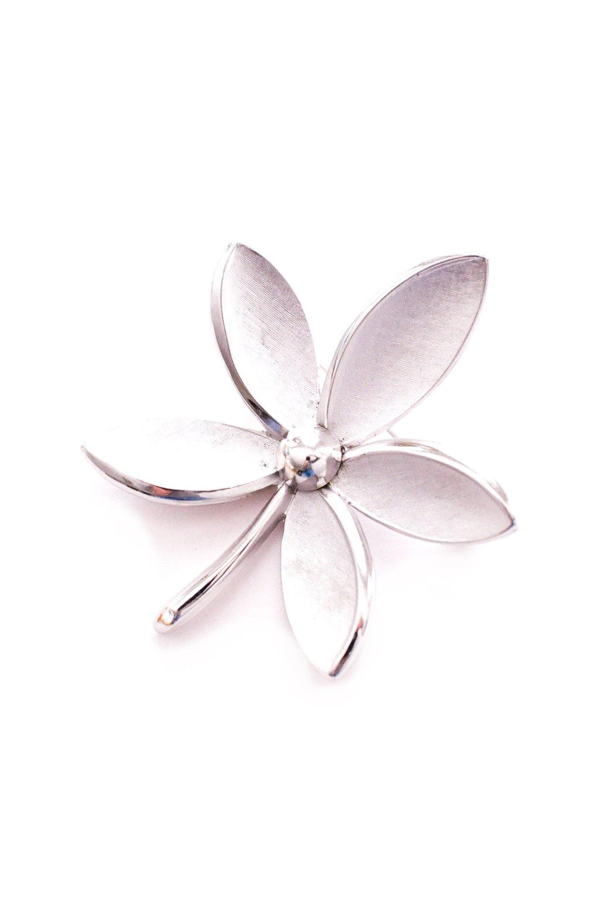 Vintage Trifari silver floral brooch from Sweet & Spark.