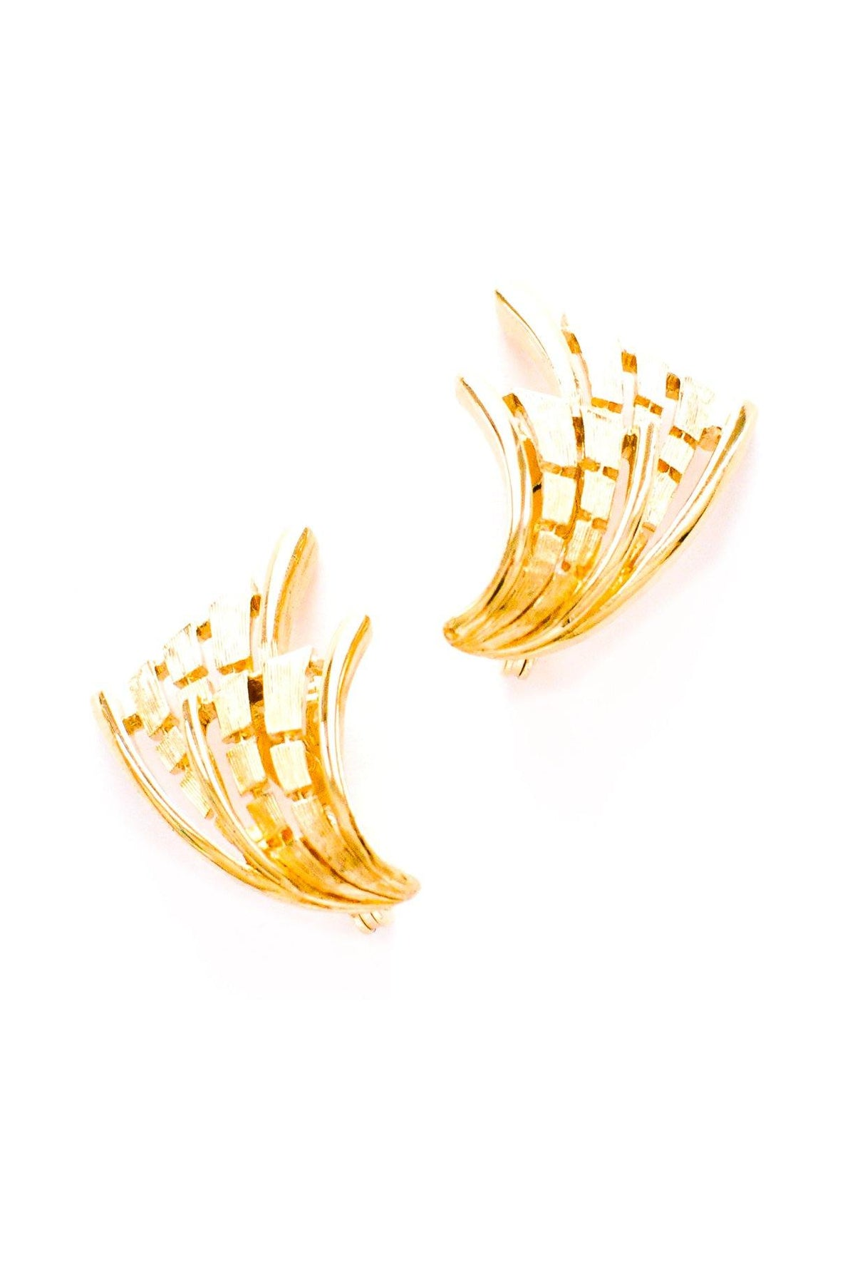 Vintage gold wave crawler earrings from Sweet & Spark.