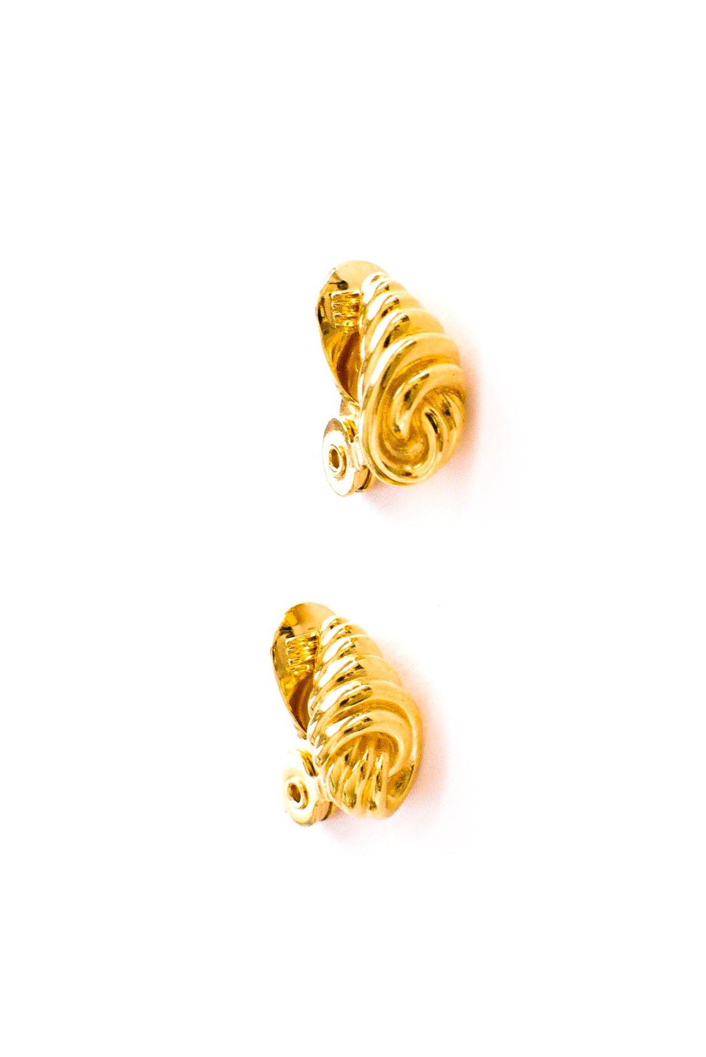 Mini Shell Clip-on Earrings