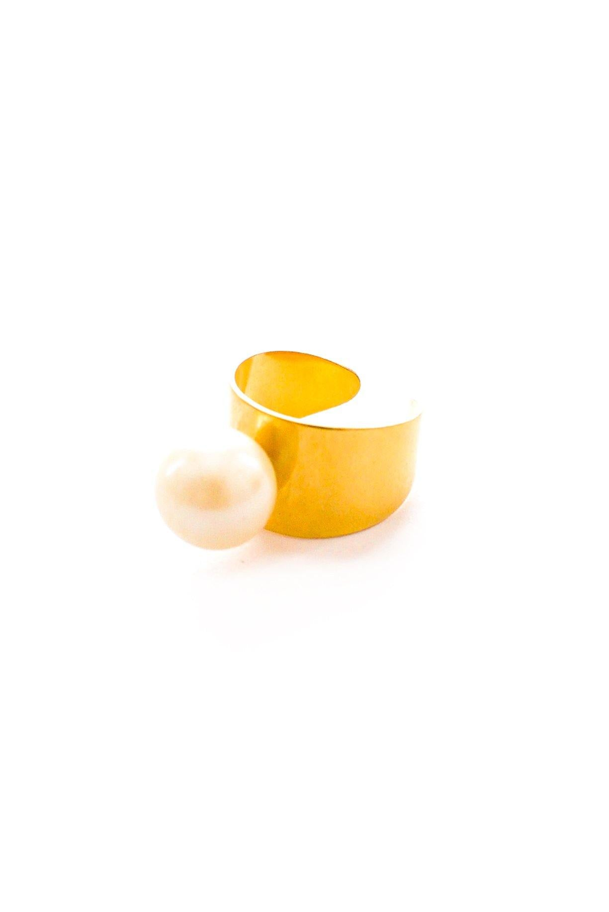 Raised Pearl Statement Ring