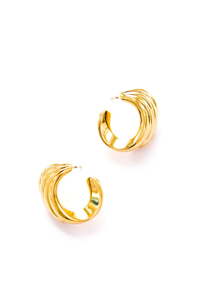 Scallop Hoop Pierced Earrings