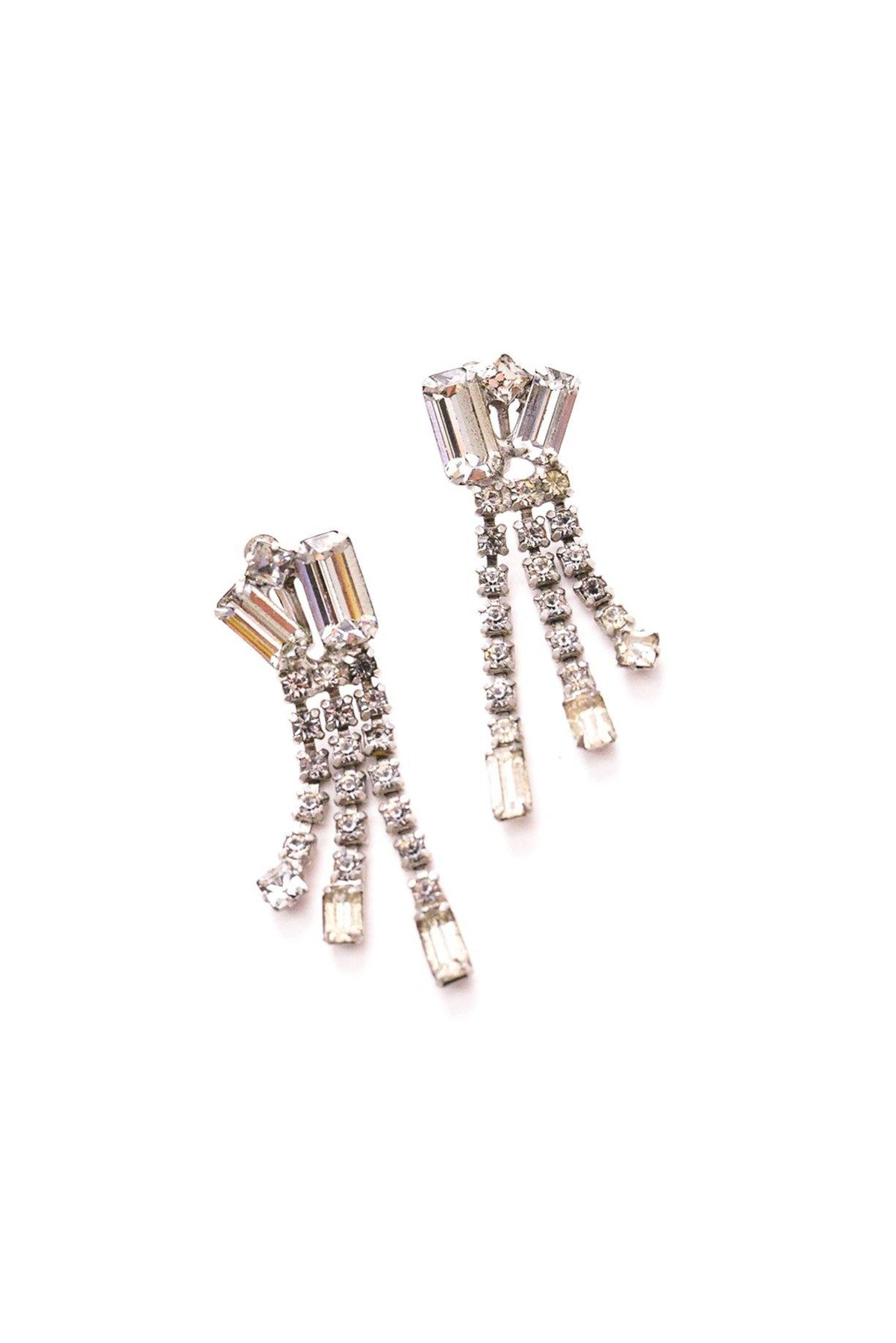 Vintage rhinestone fringe drop earrings from Sweet & Spark.