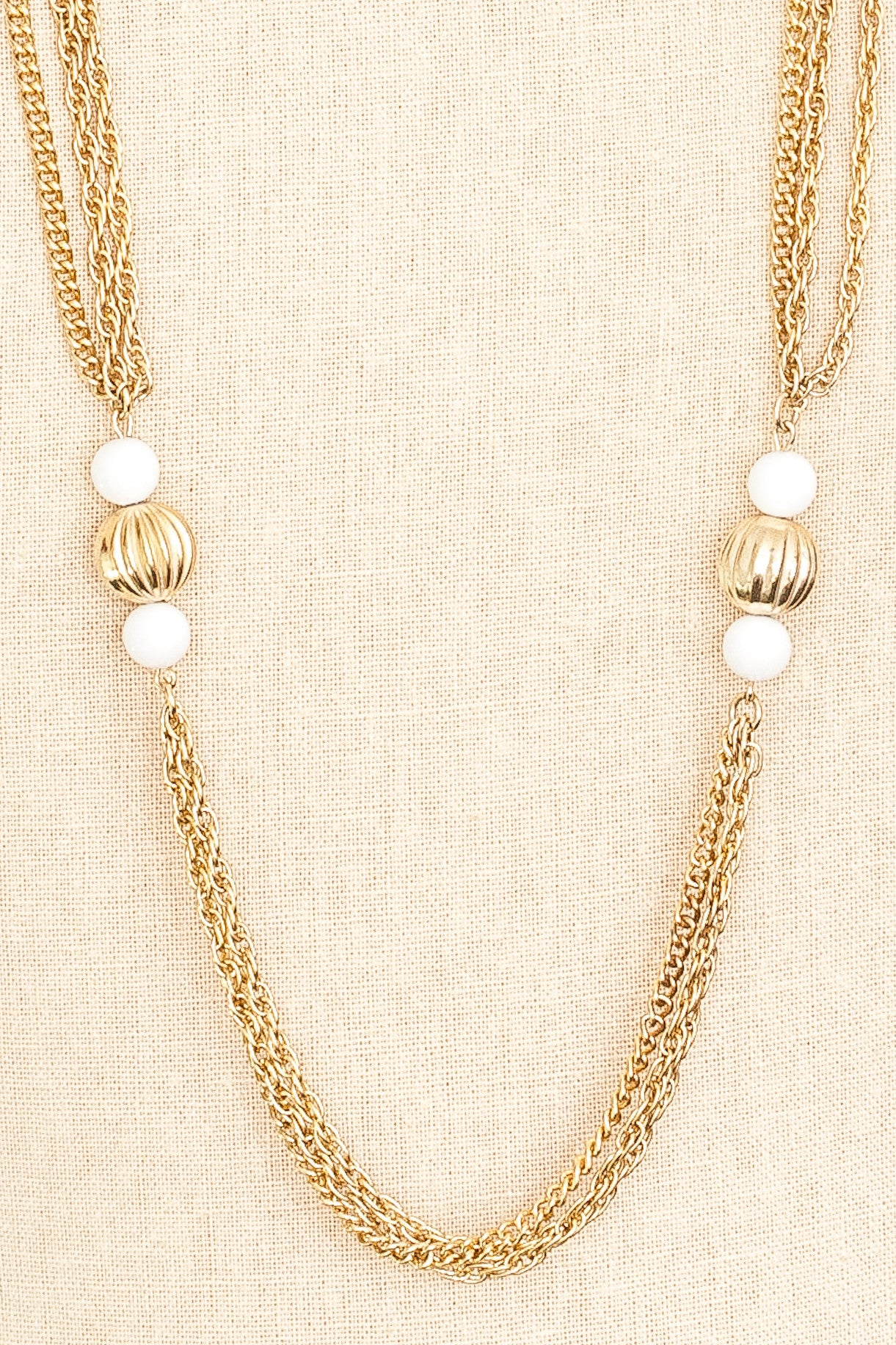 60's__Vintage__Long White Ball Necklace