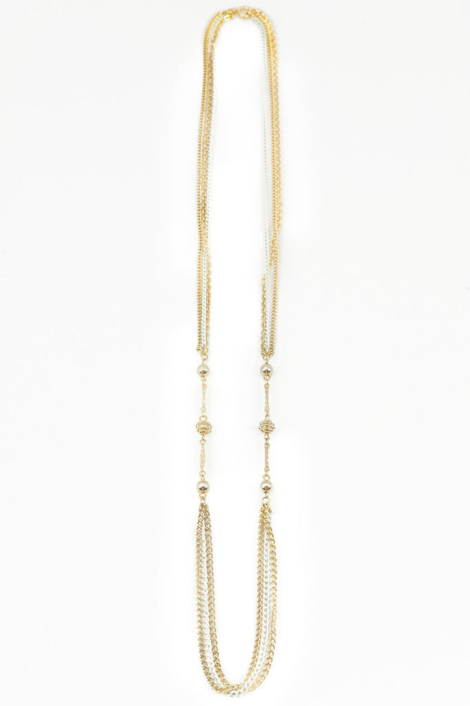 70's__Vintage__Dainty White & Gold Chain Necklace