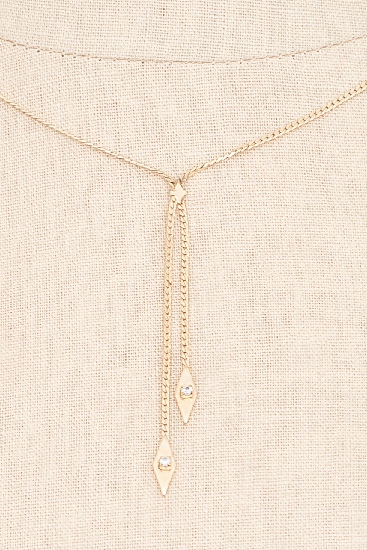 70's__Avon__Dainty Lariat Necklace