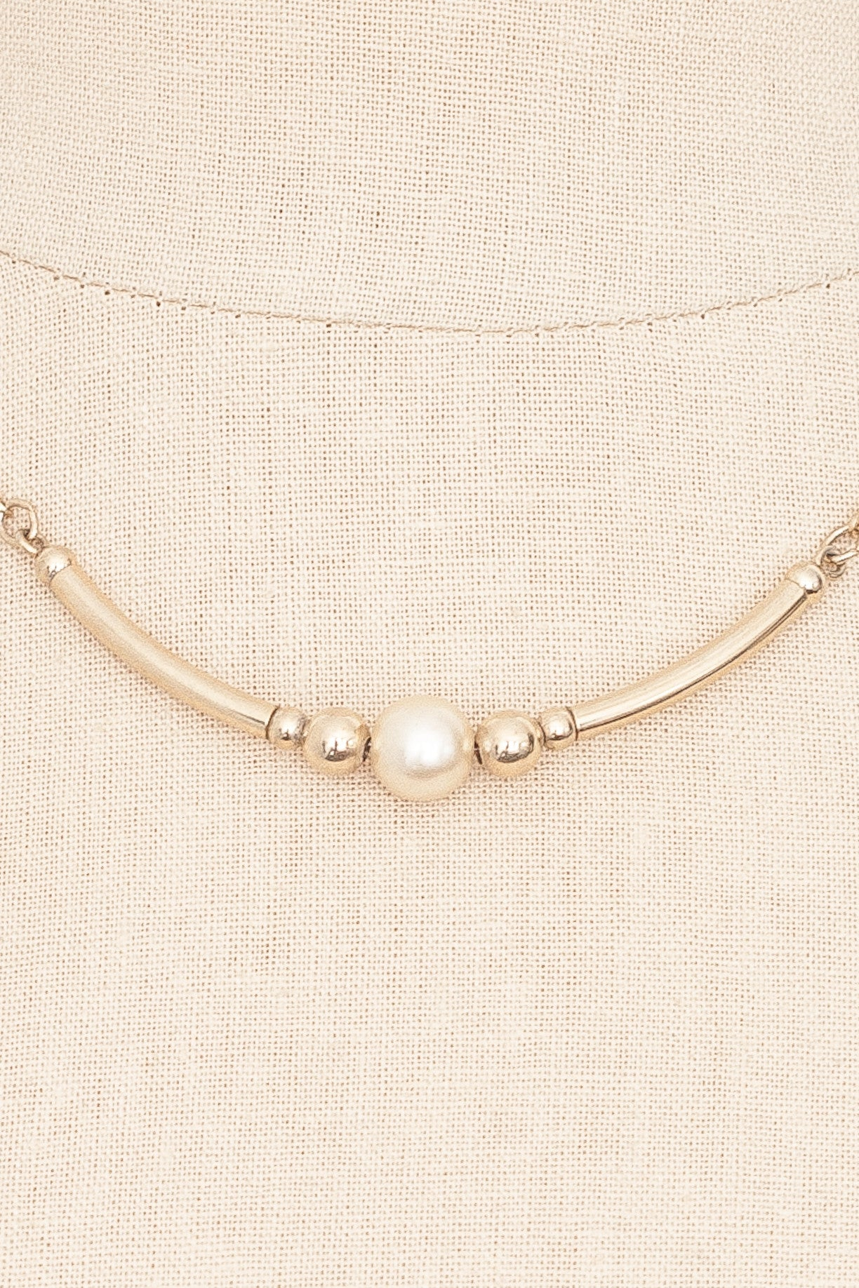 70's__Vintage__Pearl Bar Necklace
