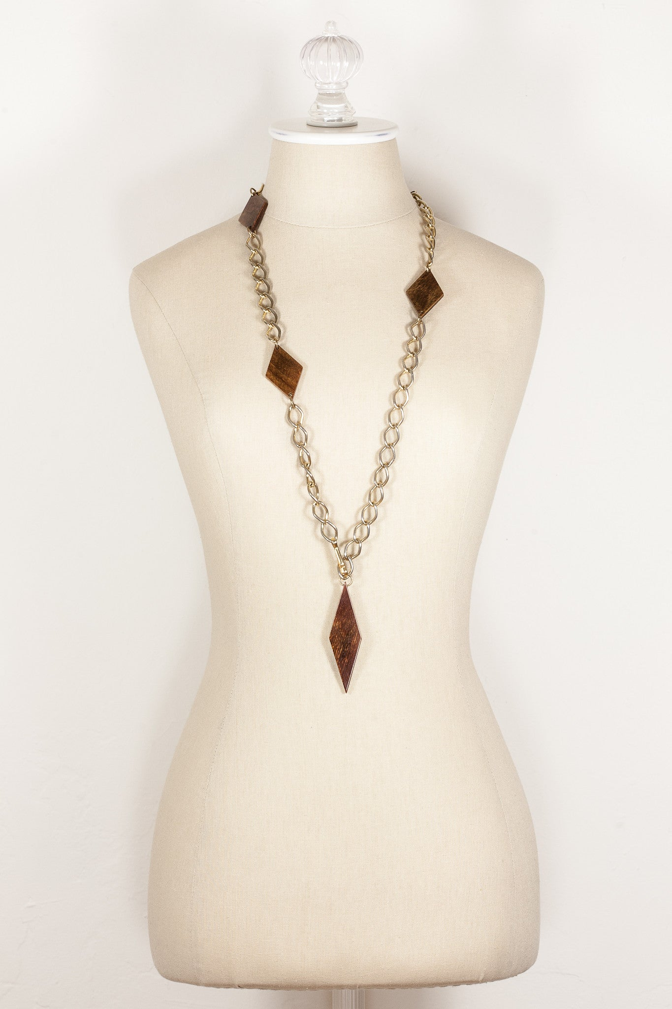 70's__Vintage__Chunky Wood Charm Necklace