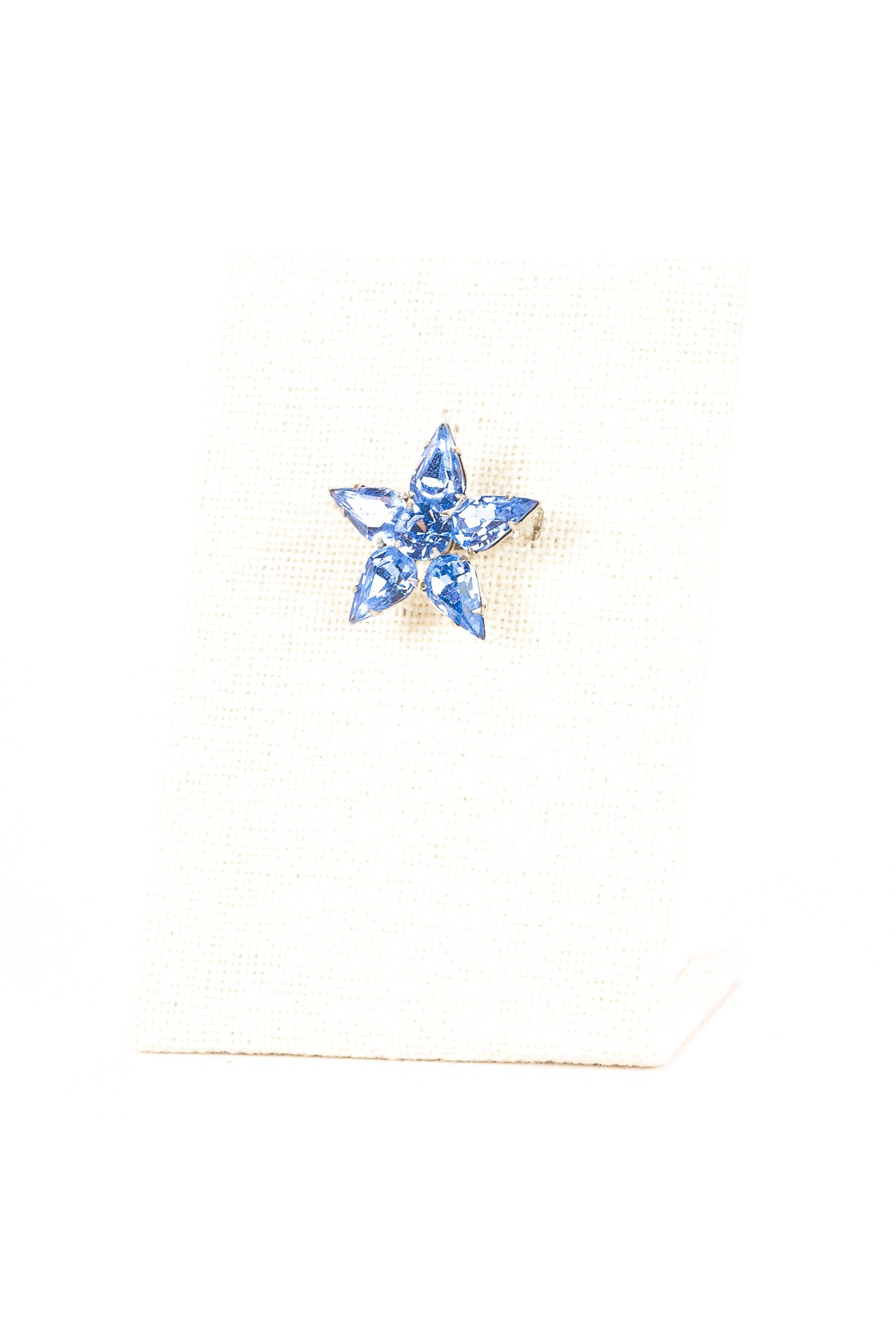 70's__Vintage__Dainty Star Pin