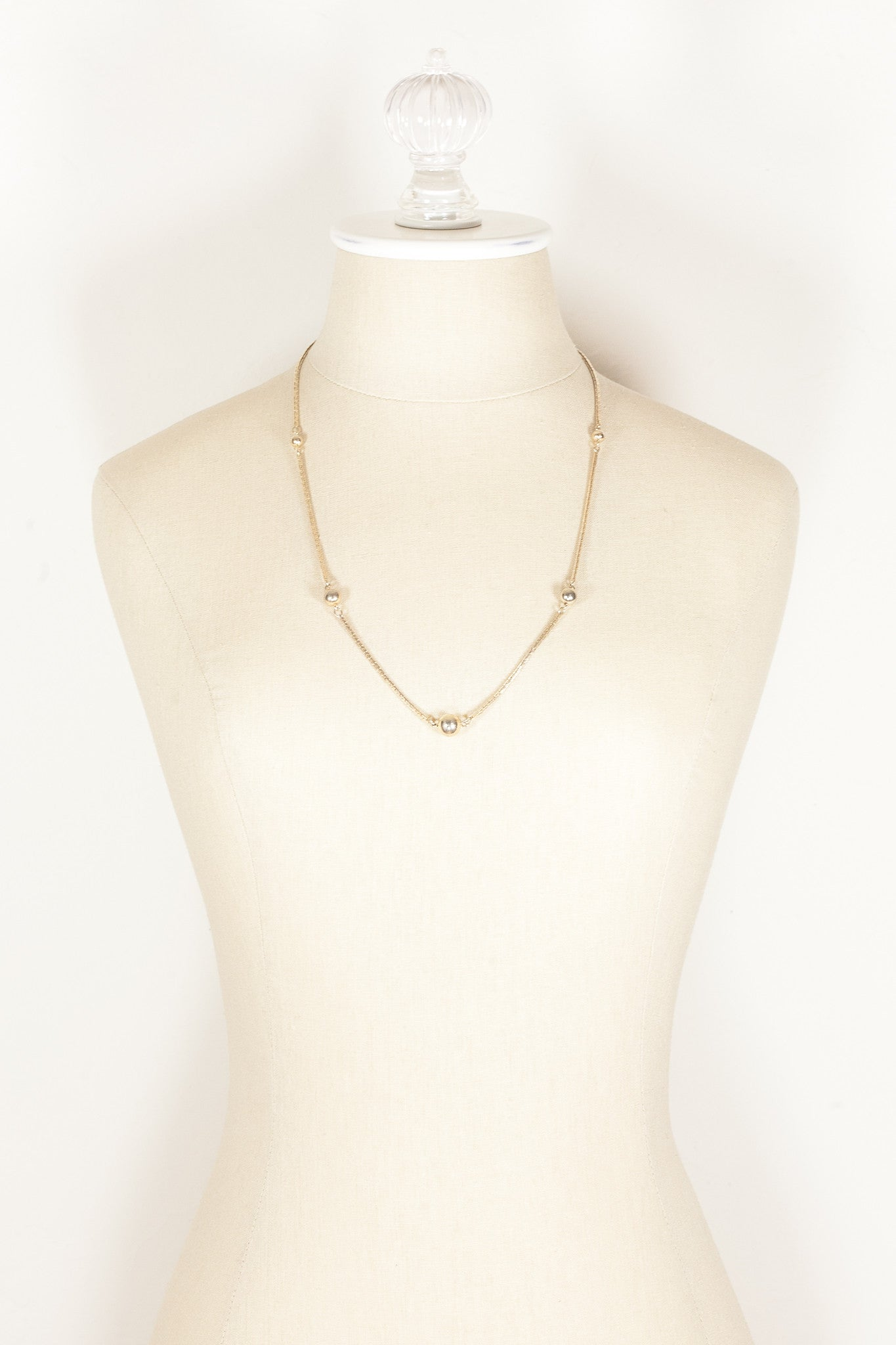 80's__Avon__Gold Bead & Chain Necklace