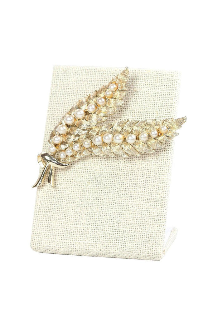 50's__Coro__Pearl Feather Brooch