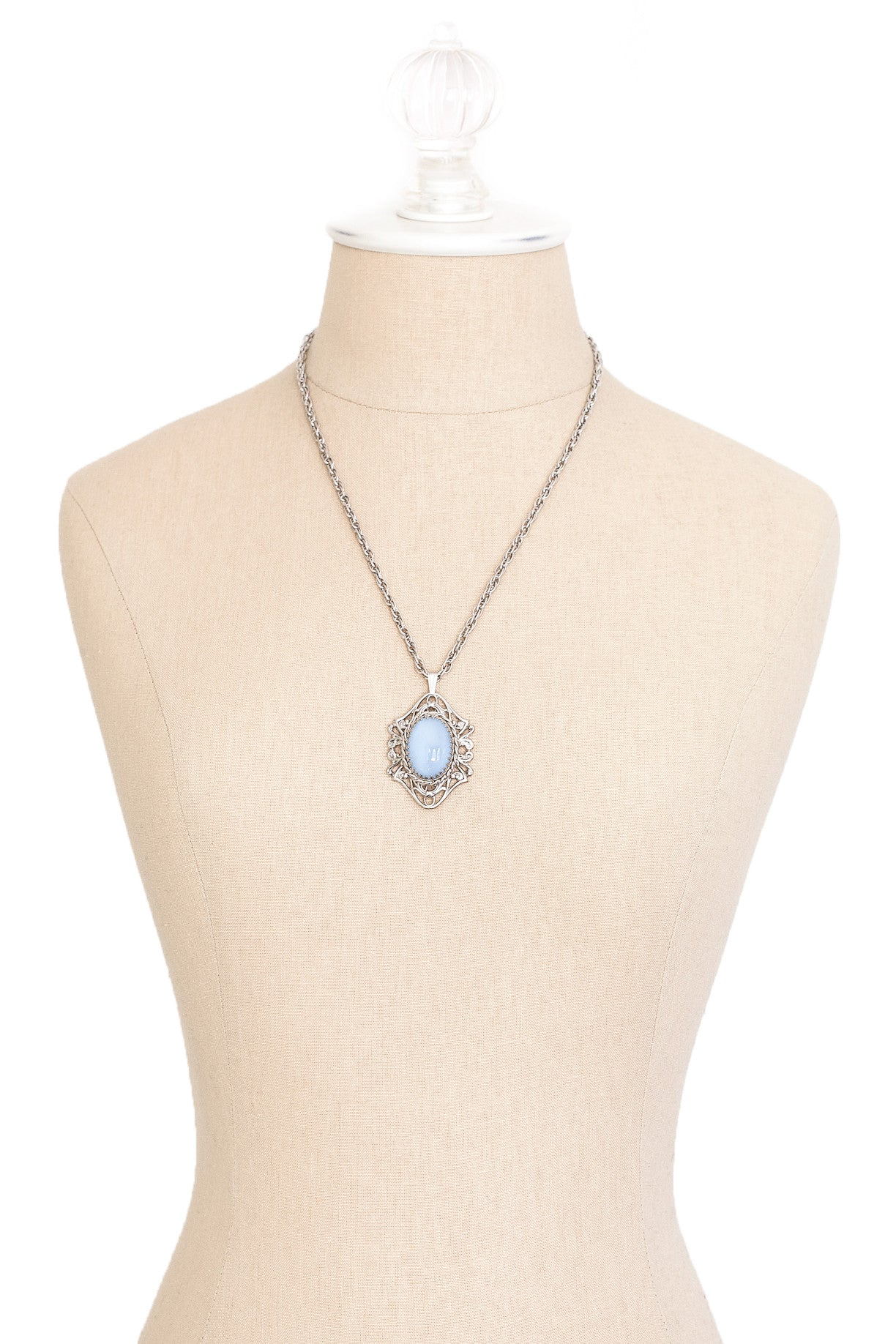 50's__Vintage__Blue Stone Pendant Necklace